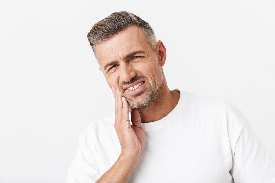 Quando si parla di gengivite e quando di parodontite?